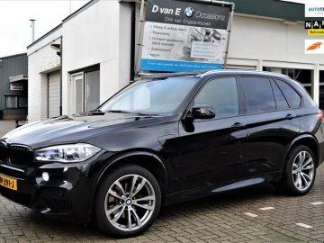 BMW X5 xDrive40e High Executive M- pakket,pano,head- up,camera's,LED,trekhaak,comfortstoel