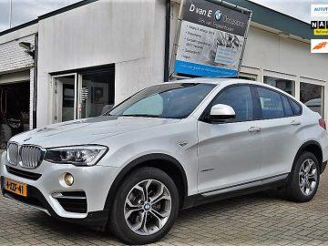 BMW X4 xDrive20d Executive 1 Eigenaar | schuifdak | trekhaak | 61291 km | X-line