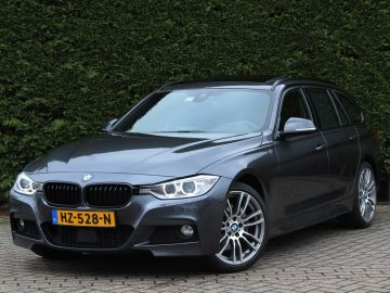 BMW 335XD Touring xDrive High Executive M Sport | Cruise control