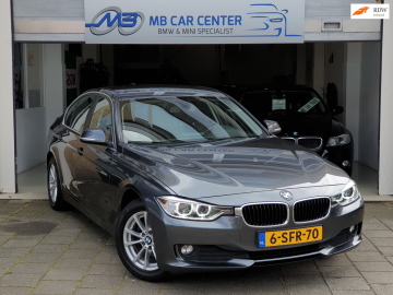 BMW 320i Business
