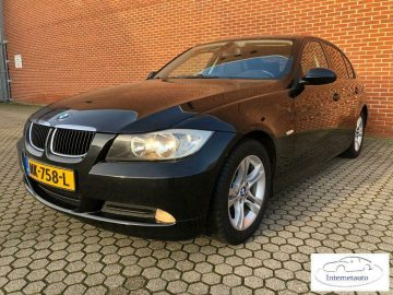 BMW 3-serie 318D, NAVI, STOELVERWARMING ETC!