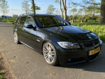 BMW 335i Touring Performance AUT flippers trekhaak navi 2007