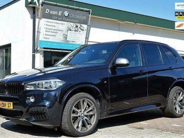 BMW X5 M50d 381 PK. PANO|HEAD-UP|HARMAN/KARDON|CAMERA'S