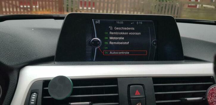 BMW 3-Serie 2.0IX 320 135KW Aut8 (f30) 2012 Bruin