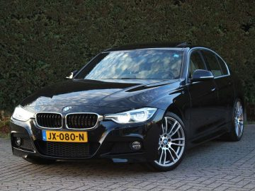 BMW 330 330e Centennial High Executive M Sport | Excl. BTW